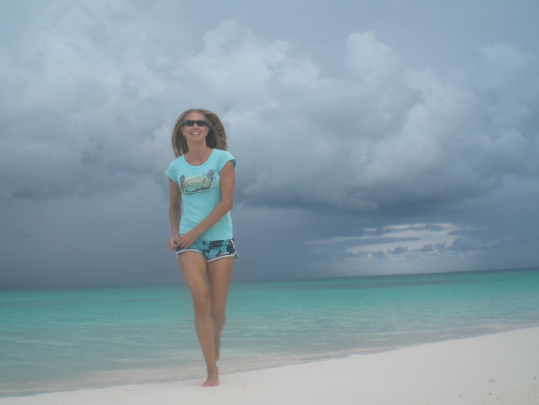 På stranden på Guana Cay, Bahamas