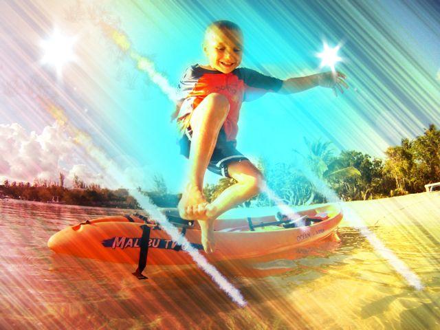 sonen hoppar